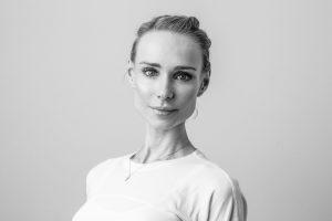 Portraits, Monkey Mind Yoga, Schwarz - Weiß